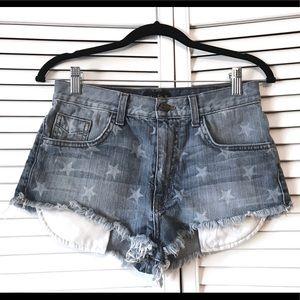 ⭐️Vans⭐️ Light Frayed Distressed Star Shorts ⭐️